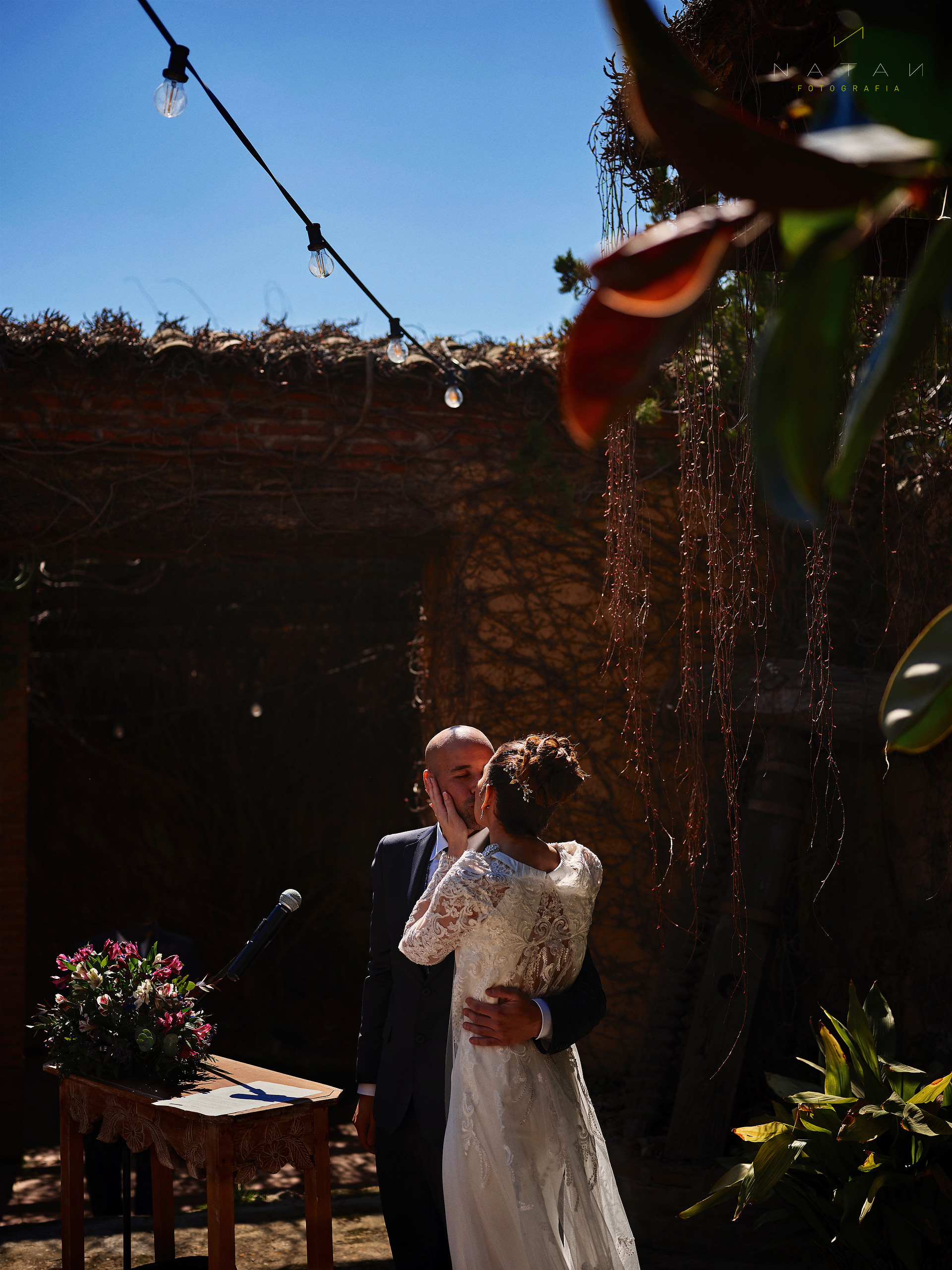 Wedding Photographer in Barcelona - Natan - First Kiss during ceremony